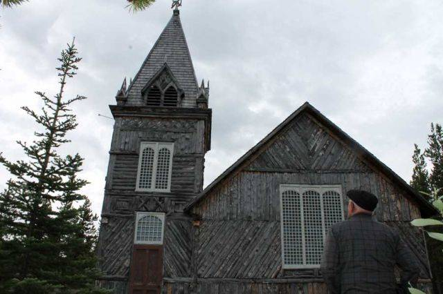 The log church, a historic relic!