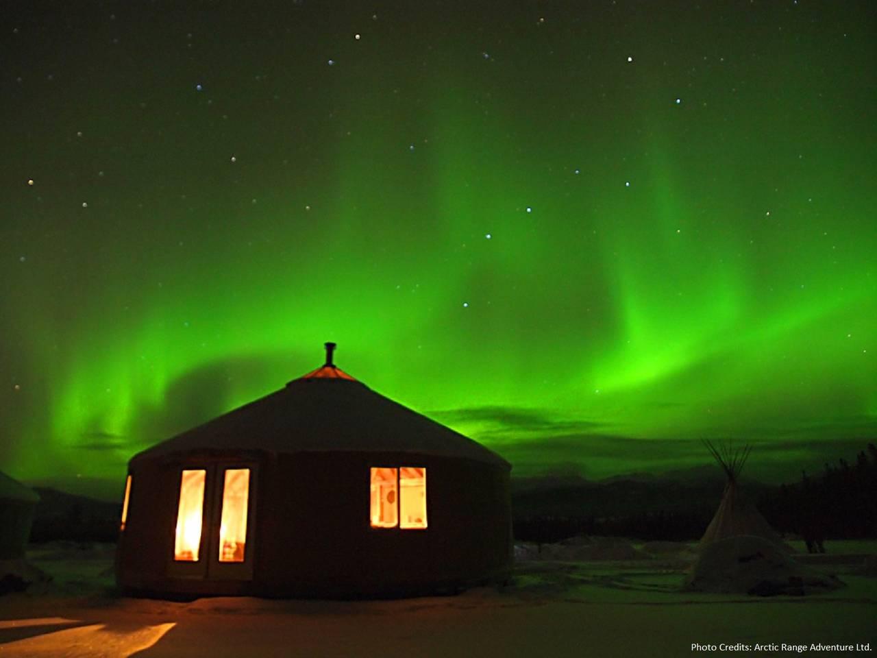 Yurt under the Auroras